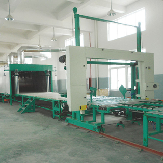 XLF-2400 Horizontal Automatic Continuously Foaming machine